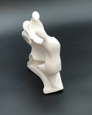 """Sculpture argile """"Tendresse"""" réalisée par Artcor Sculptures"""